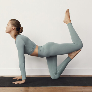 Mango se une al 'boom' de la moda deportiva y presenta su nueva línea activewear perfecta para practicar deporte en casa
