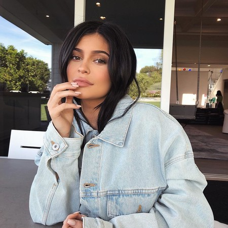 Inspírate en Kylie Jenner para tu manicura de este verano 2019
