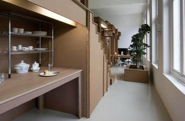 Foto de Espacios para trabajar: una oficina de cartón  (1/7)