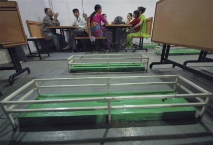 Restaurant ubicado en un panteón en la India