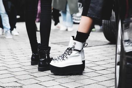 Los zapatos bastos (de Alexander Wang) toman la calle. ¿Caerás en la tentación?