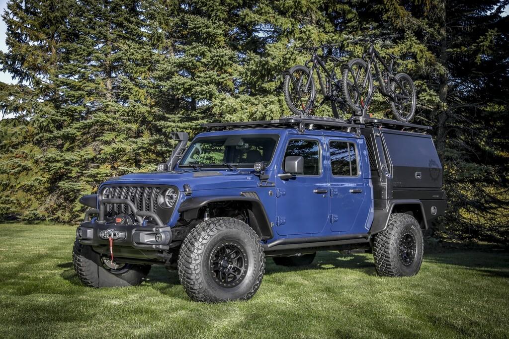 Mientras el Jeep Gladiator se sigue haciendo esperar, llega el brutal Top Dog Concept para el SEMA Show virtual