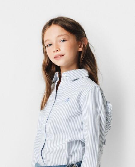 Blusa de niña de rayas de mangas con volantes en color mostaza