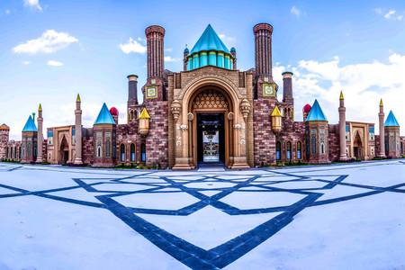 Wonderland Eurasia, el parque temático más grande de Asia y Europa, abre sus puertas en Turquía