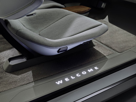 Audi Ai Me 4