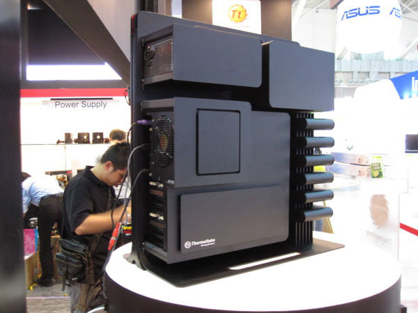 Foto de Thermaltake Level 10 en Computex 2009 (14/20)