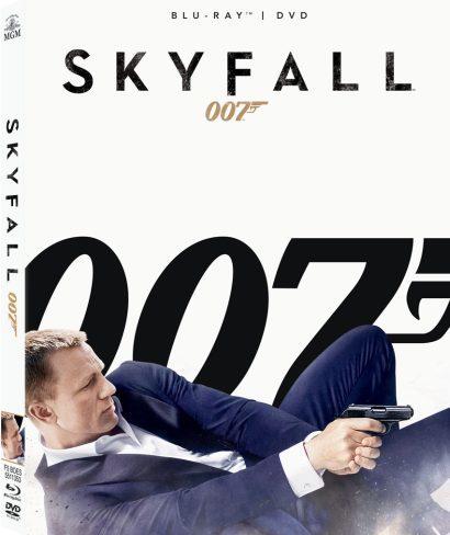 Portada de la edición combo de Skyfall, en Bluy-ray y DVD