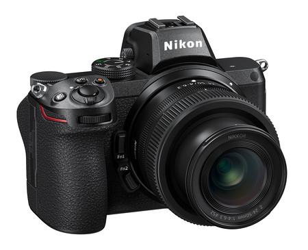 Nikon Z5 mirrorless fullframe