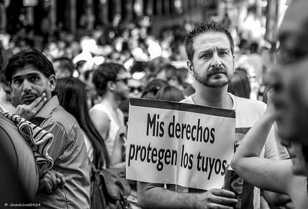¿Es la Ley Mordaza una amenaza para la profesión de fotoperiodista y por qué?: La pregunta de la semana