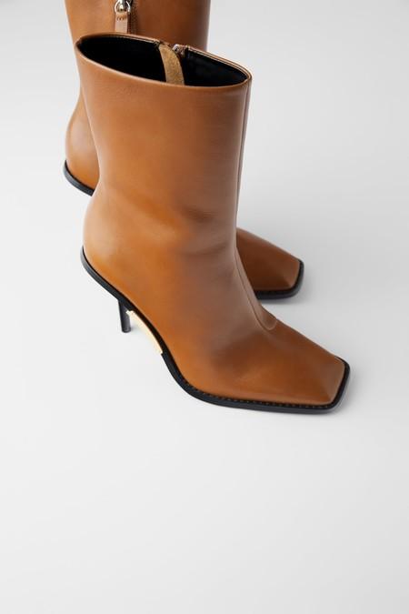 Zapatos Punta Cuadrada 02