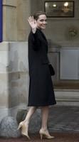 ¿Buscamos un look elegante? Tomemos nota del fantástico moño de Angelina Jolie