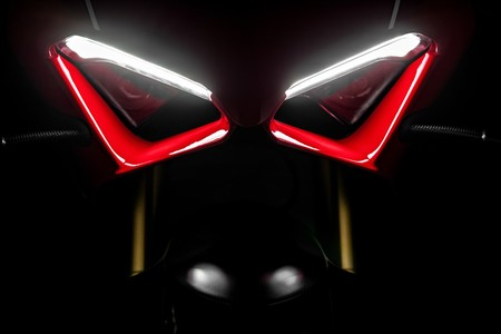 Ducati Panigale V4 R 2019 060