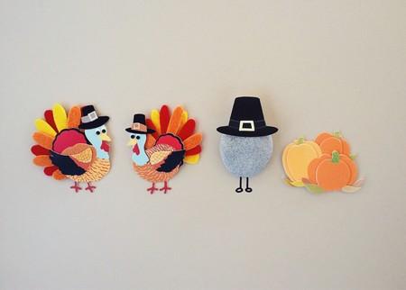 Broches típicos del Black Friday: pavos, sombrero de peregrino, y calabazas