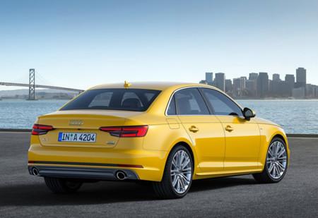 Audi A4 2016 800x600 Wallpaper 03