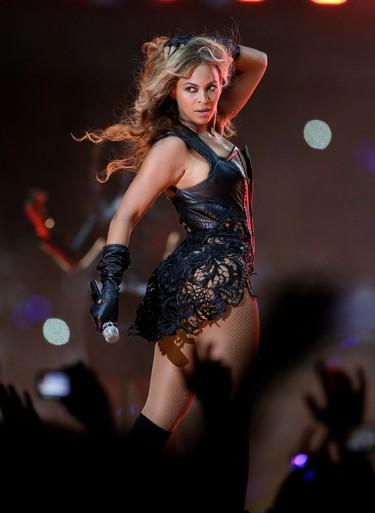 Beyoncé pone la Super Bowl patas arriba