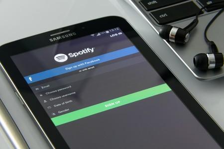 Los artistas con conductas reprobables y la incitación al odio dejan de ser bienvenidos en Spotify