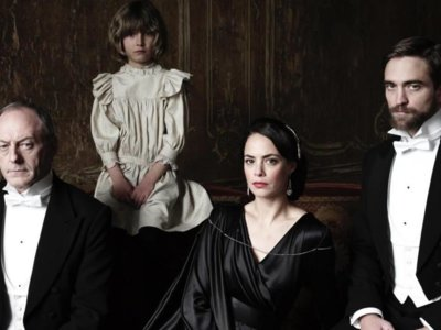 'The Childhood Of A Leader', hipnótico tráiler del debut como realizador de Brady Corbet