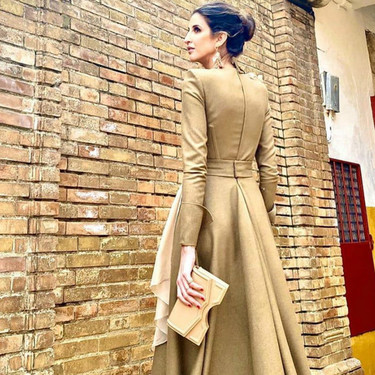 Inés Domecq luce así de sofisticada el look de invitada de boda perfecto