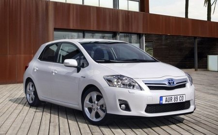 Toyota-Auris-HSD-1