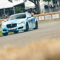 Jaguar muestra en el Goodwood Festival of Speed un XJR que pasa de 550 a 575 CV