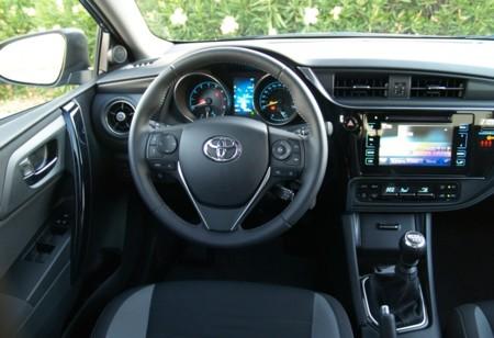Toyota Auris 120t 11