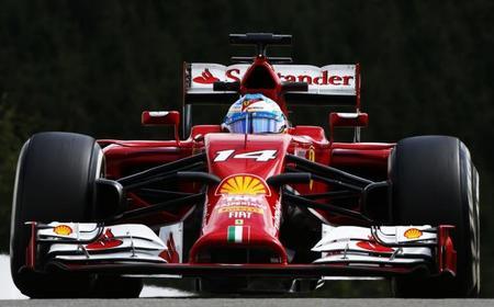 Fernando Alonso termina en una decepcionante octava posición en un día complicado