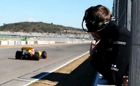 Renault y Williams se dedican a acumular kilometros.