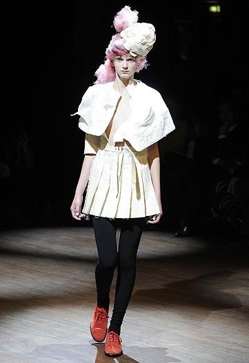 Foto de Comme des Garçons, Primavera-Verano 2010 en la Semana de la Moda de París (9/14)