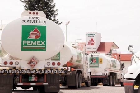 ¿Más cara o barata la gasolina? ¿Por qué sube el precio de la verificación vehicular en el DF?