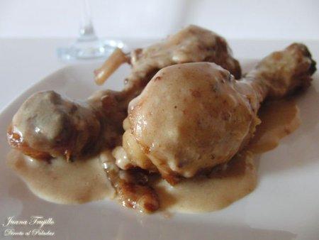 Pollo con salsa de licores y nata. Receta