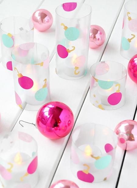 Hazlo tú mismo: adornos baratos con botellas de plástico recicladas para Navidad
