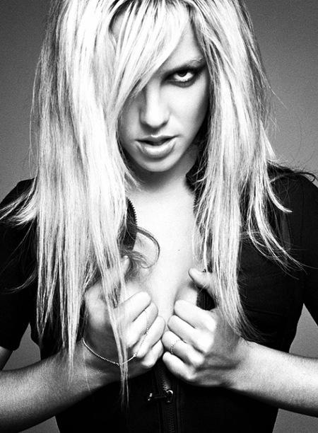 Britney Spears, con ese escotazo dan ganas de pasar la Visa