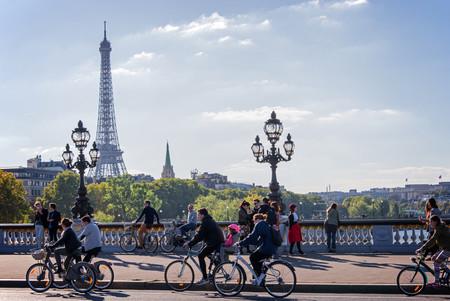 Paris quiere adelantarse 10 años a los planes de Francia de eliminar los vehículos de combustión