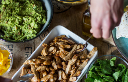 Qué es Heura, el nuevo alimento vegano que imita a la pechuga de pollo