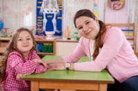 Regalos de fin de curso para los profesores de tus hijos, ¿si o no? La pregunta de la semana