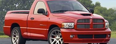 Dodge RAM SRT-10, la vez que le pusieron motor V10 de Viper a una camioneta y la volvieron la más rápida del mundo