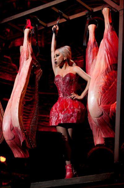 Lady Gaga vetada y censurada en Indonesia... y todo por satánica, ¡qué mal rollito!
