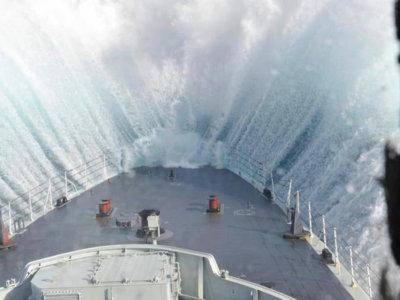 ¿Cómo es vivir una tormenta desde dentro de un barco?