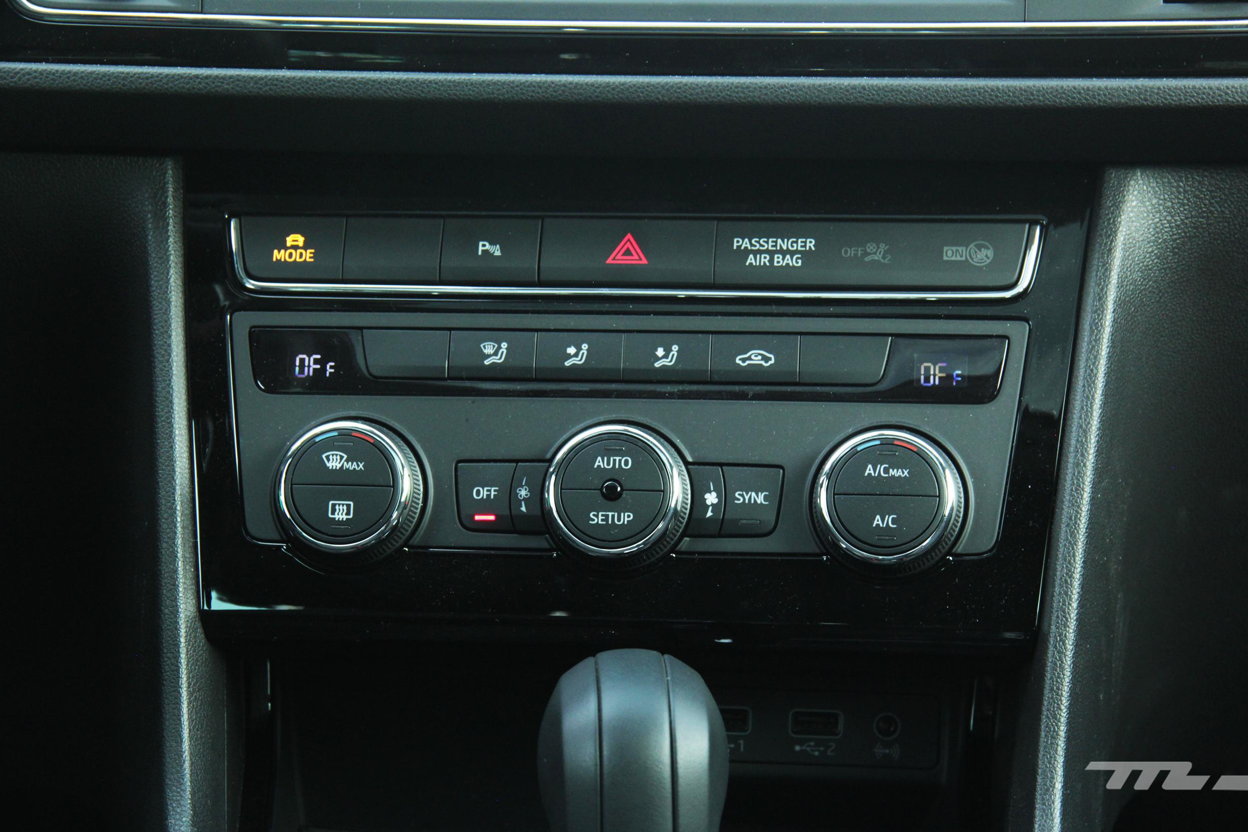 Foto de Mazda 3 vs. SEAT León (comparativa) (26/28)