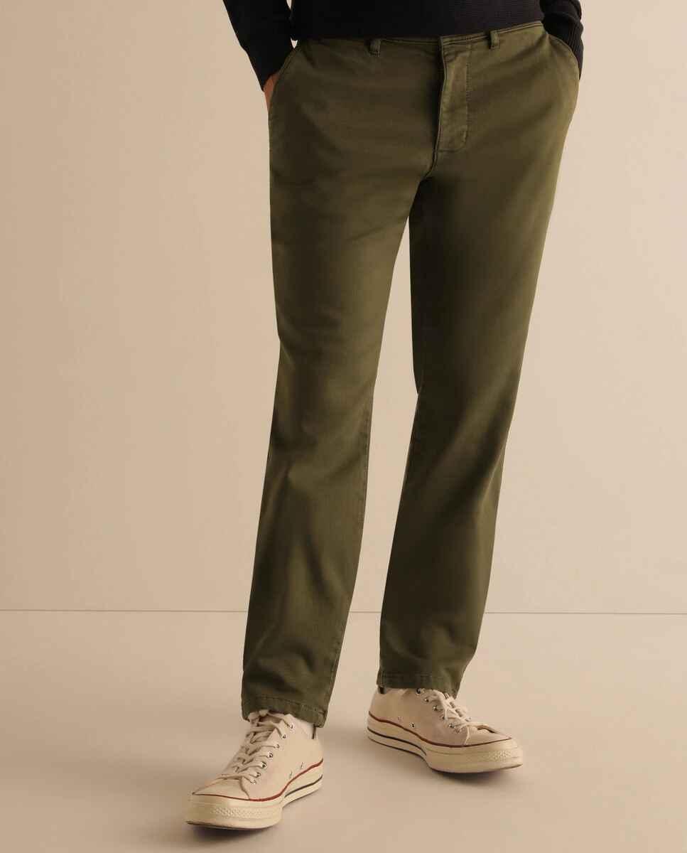 Chino de hombre slim verde