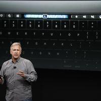 """""""Créeme, lo hemos probado y no funciona"""", Phil Schiller descarta las pantallas táctiles en los ordenadores (y reivindica la Touch Bar)"""