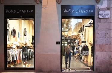 Escaparatismo low cost en la Concept Store de Nudie Jeans en Barcelona por Susana Piquer