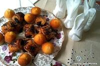 Decorar la mesa con servilletas en forma de conejito de Pascua