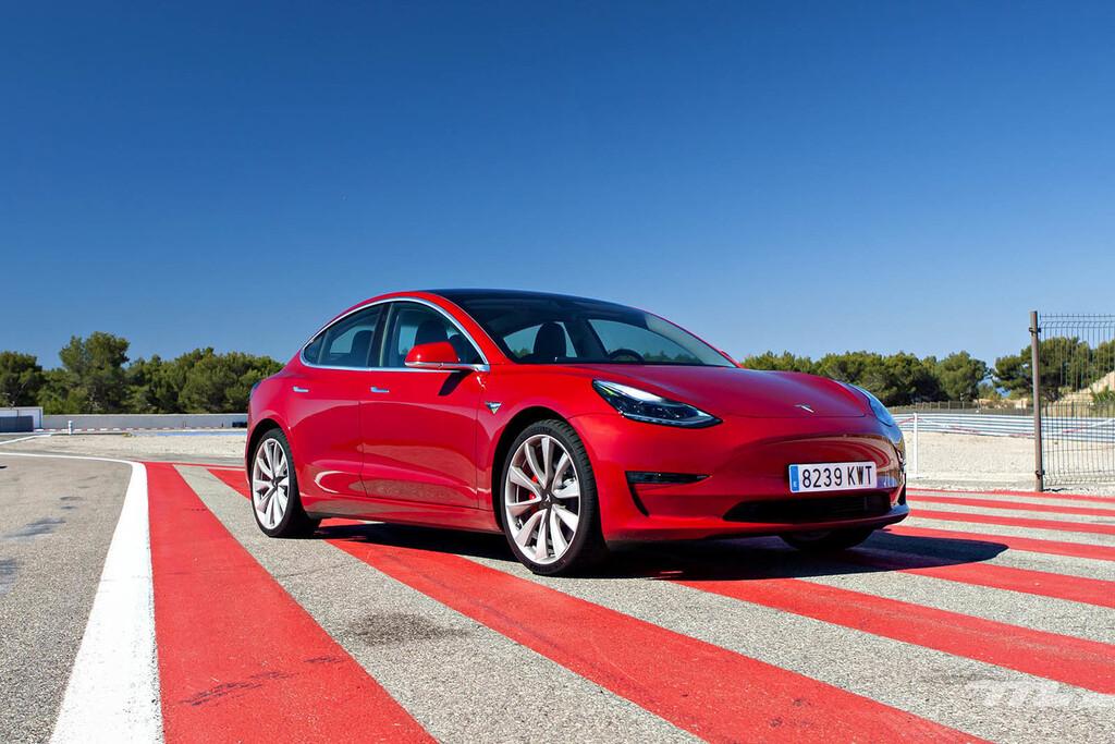 El por qué de que el Tesla Model 3 Gran Autonomía pueda recorrer ahora hasta 568 km: su nueva batería de 82 kWh con celdas Panasonic