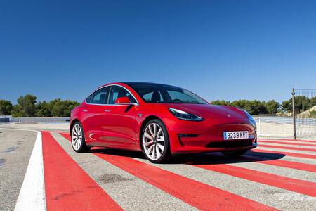 Tesla Model 3 batería de 82 kWh