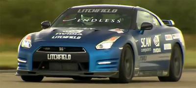 Mike Newman revalida el título de conductor invidente más rápido del mundo
