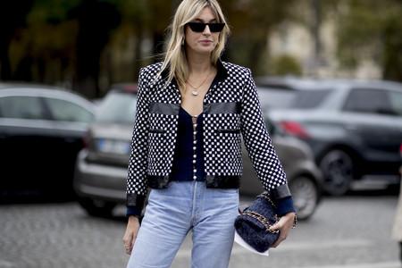 Siete maneras de vestir los días de entretiempo con unos pantalones vaqueros como base