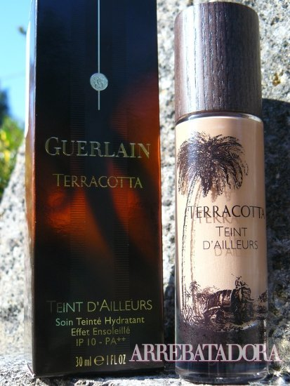 Teint D'Ailleurs Terracotta de Guerlain, a examen