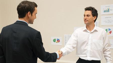 Cómo puede mejorar el autónomo la atención y gestión de los clientes