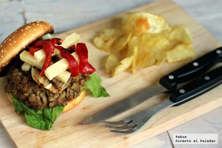 Hamburguesas de secreto ibérico con cebolla y queso manchego, la receta más sabrosa